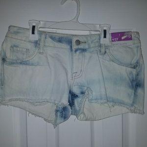 Women's size 4 denim jean cutoff short shorts